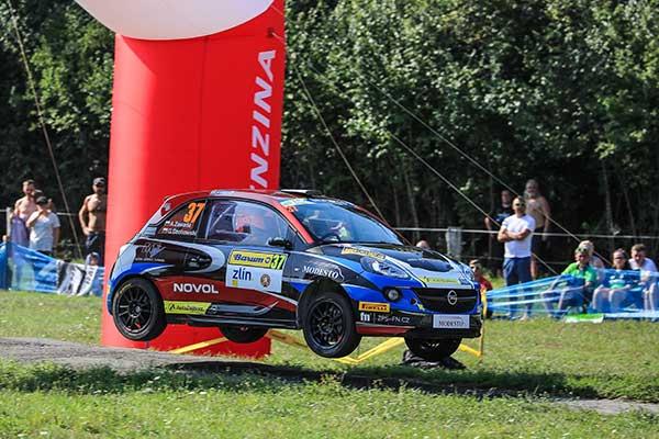 Aleks Zawada on Opel Adam with EVO Corse wheels