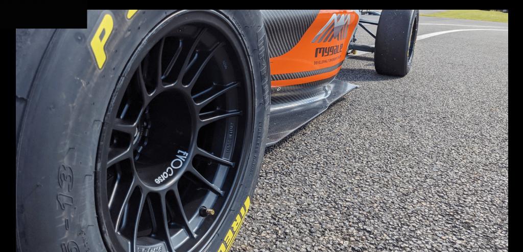 New Formula 4 Generation Photo detail 1